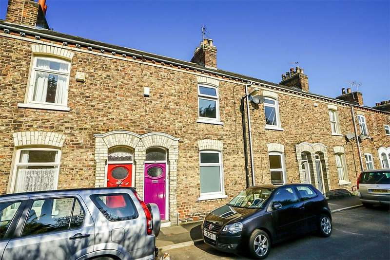 2 Bedrooms Terraced House for sale in Scarborough Terrace, Off Bootham, York