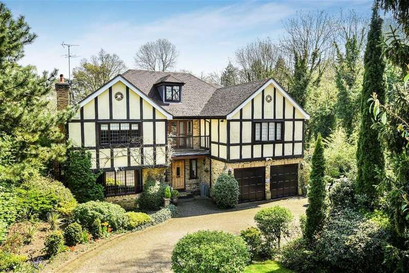 6 Bedrooms Detached House for sale in Beech Hill Avenue, Hadley Wood, Hertfordshire