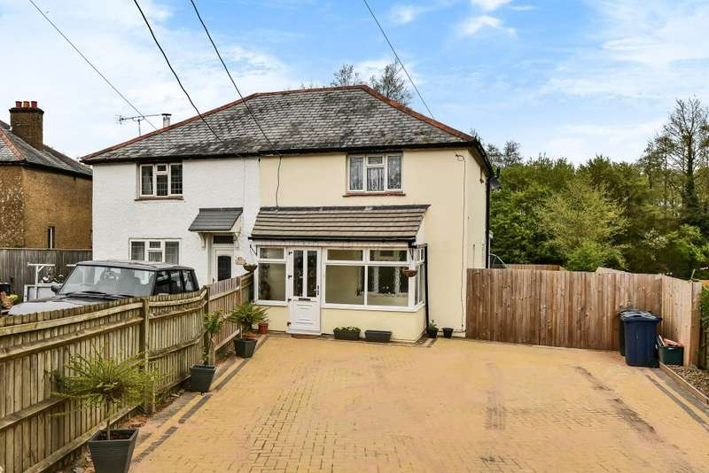3 Bedrooms House for sale in Bolter End, Buckinghamshire, HP14