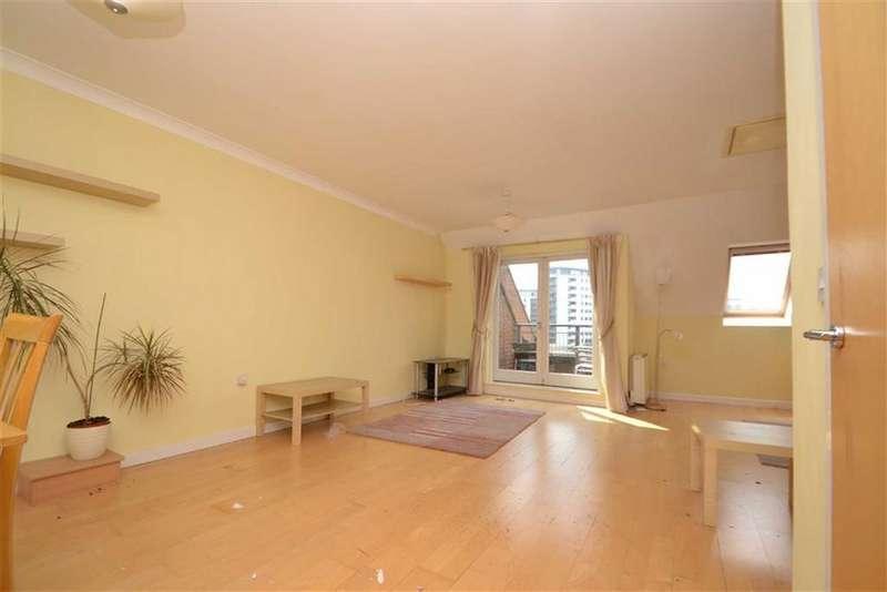 3 Bedrooms Apartment Flat for rent in Turlow Court, Leeds, LS9