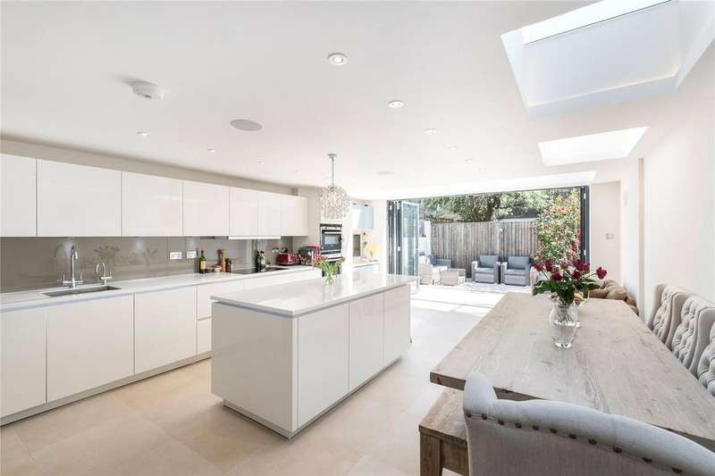 5 Bedrooms Terraced House for sale in Eddiscombe Road, Fulham, London, SW6