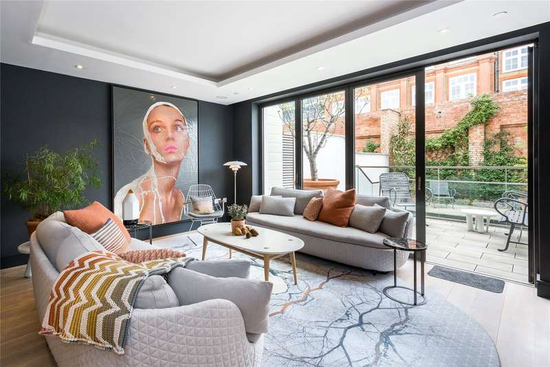 4 Bedrooms Terraced House for sale in Rainsborough Square, Fulham, London, SW6