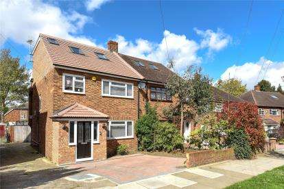 4 Bedrooms Semi Detached House for sale in Bassetts Way, Locksbottom, Orpington