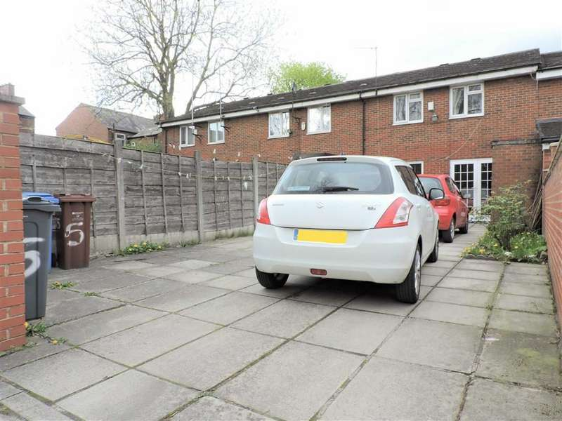 3 Bedrooms Terraced House for sale in Belgate Close, Manchester