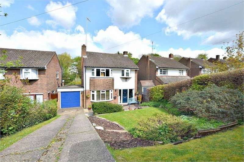 3 Bedrooms Detached House for sale in Kindersley Way, ABBOTS LANGLEY, Hertfordshire
