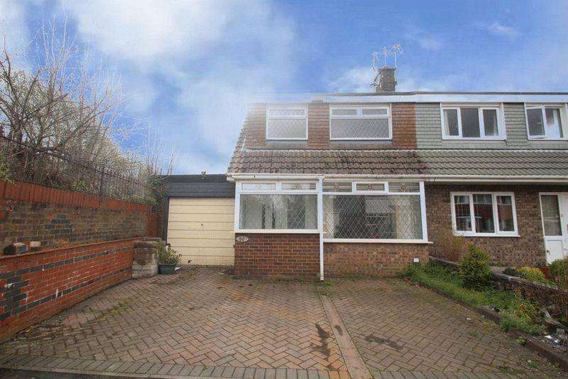 3 Bedrooms Semi Detached House for sale in Chichester Close Littleborough OL15 8QL