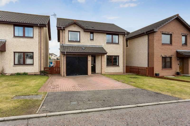 4 Bedrooms Detached House for sale in Campbell Crescent, Arbroath, DD11 4JP