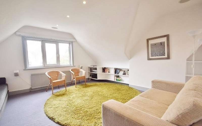 1 Bedroom Flat for sale in Woodstock Road, London, NW11