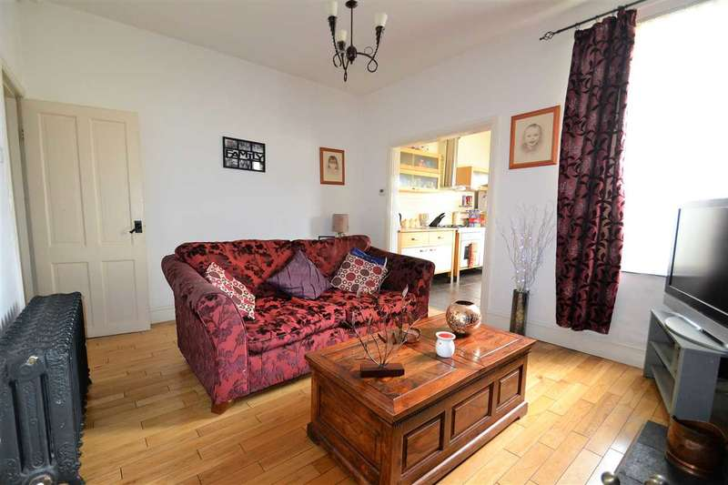 3 Bedrooms Terraced House for sale in Manchester Road, Westhoughton
