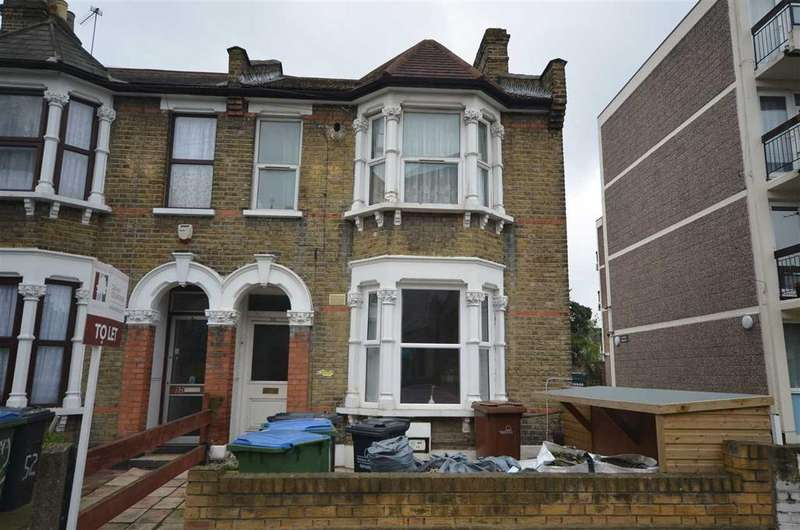 2 Bedrooms Apartment Flat for sale in Woodhouse Road , E11