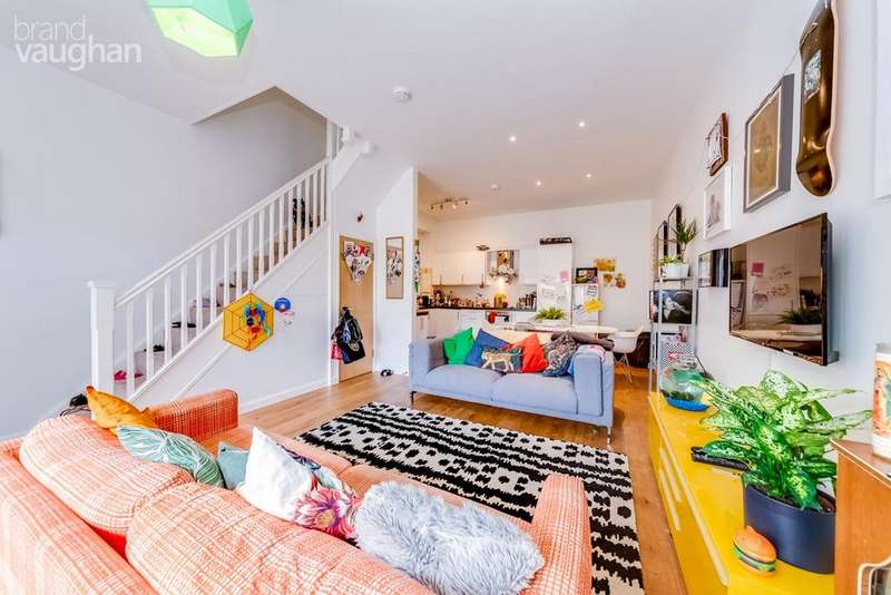 4 Bedrooms Terraced House for sale in Bevendean Road, Brighton, BN2