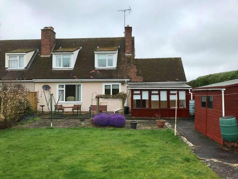 3 Bedrooms Semi Detached House for sale in Parkin Road, Cowbit, PE12