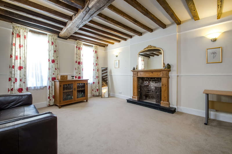 4 Bedrooms End Of Terrace House for sale in Old Portsmouth, Hampshire