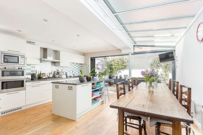 4 Bedrooms Terraced House for sale in Wendell Road, Wendell Park, London, W12