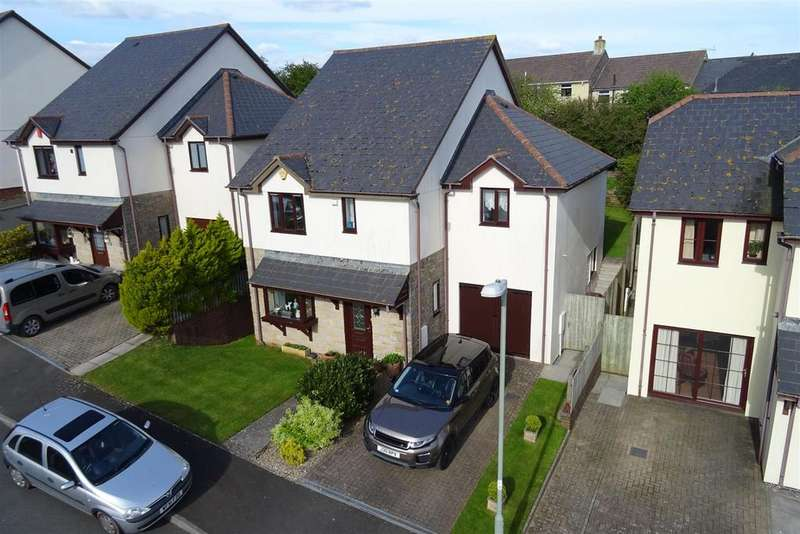 4 Bedrooms Detached House for sale in Seymour Drive, Dartmouth