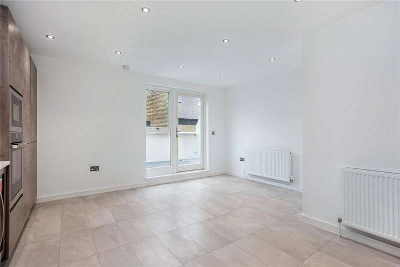 3 Bedrooms Flat for sale in Cornwall Road, Waterloo, London, SE1