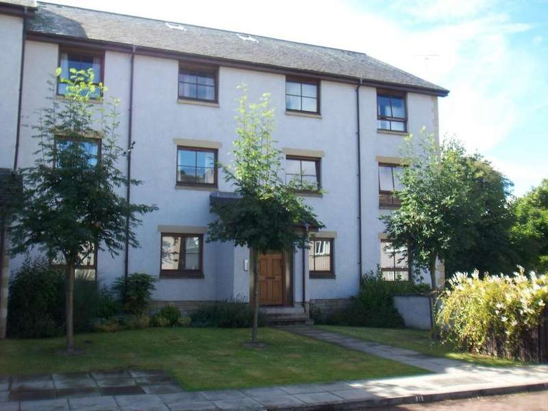 2 Bedrooms Apartment Flat for rent in Queens Lane, Bridge of Allan, Stirlingshire, FK9 4NY
