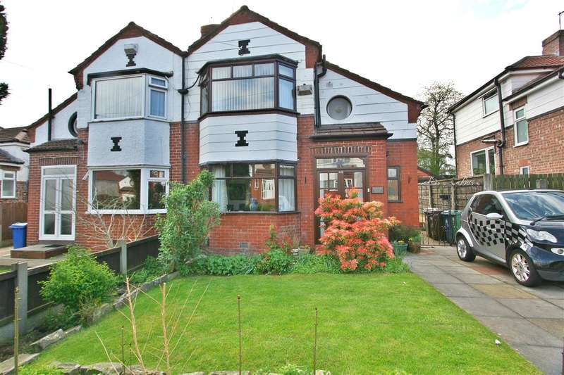 3 Bedrooms Semi Detached House for sale in Windsor Road, Prestwich