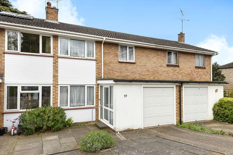 3 Bedrooms Terraced House for sale in Tudor Court, Hitchin, SG5