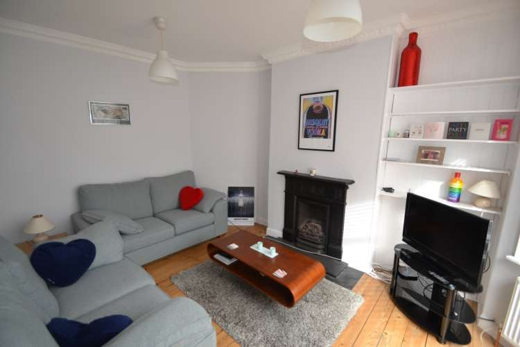 3 Bedrooms House for rent in Victoria Way London SE7