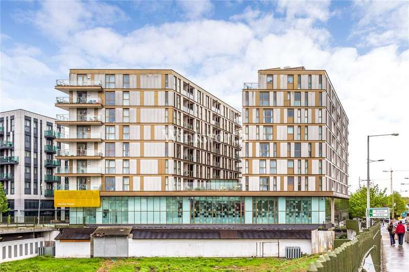2 Bedrooms Flat for sale in Coppermills Heights, Mill Mead Road, London, N17