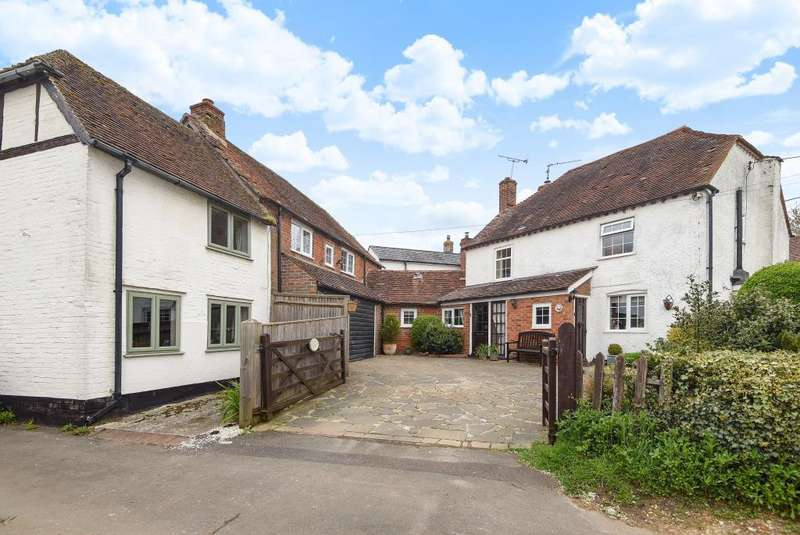 4 Bedrooms Cottage House for sale in Clay Lane, Beenham, RG7