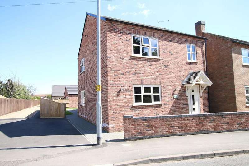 4 Bedrooms Detached House for sale in The Avenue, March