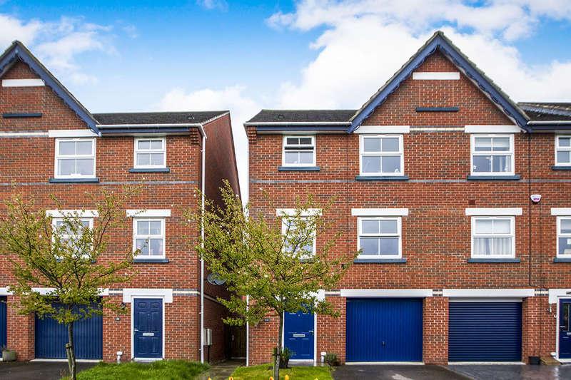 4 Bedrooms Property for sale in Far Dales Road, Ilkeston, DE7