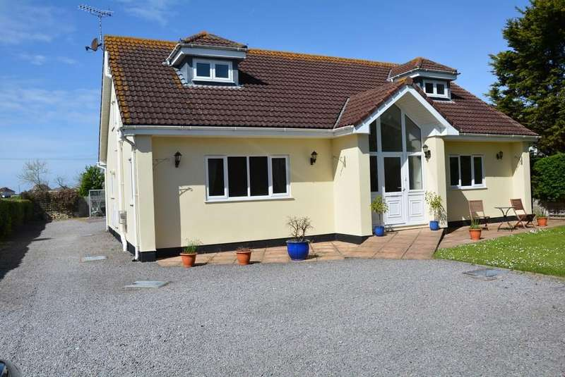 4 Bedrooms Detached House for sale in Sand Road, Kewstoke, Weston-super-Mare