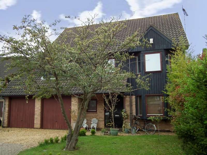 4 Bedrooms Detached House for sale in Hythegate, Werrington