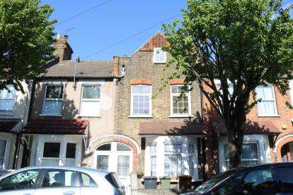 4 Bedrooms Terraced House for sale in Walthamstow, Waltham Forest, London