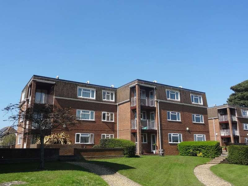 2 Bedrooms Flat for sale in Belle Vue Crescent