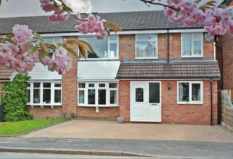 4 Bedrooms Semi Detached House for sale in POYNTON ( CURZON ROAD )