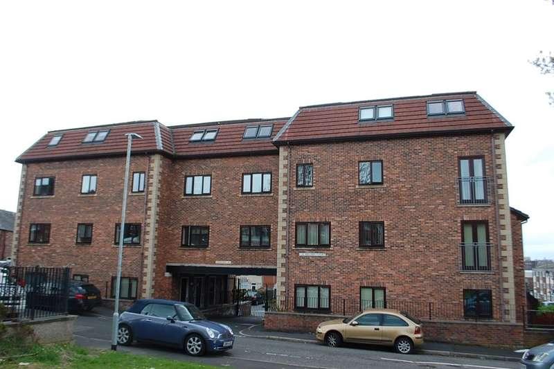 2 Bedrooms Flat for sale in Booth Street, Stalybridge, SK15