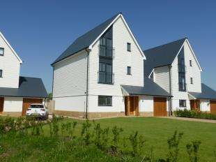 5 Bedrooms Detached House for sale in Dunstall Lane, St. Marys Bay, Romney Marsh