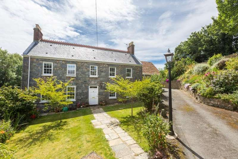 5 Bedrooms Farm House Character Property for sale in Le Bourg, Forest, Guernsey