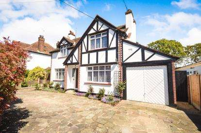 4 Bedrooms Detached House for sale in Rochford, Essex