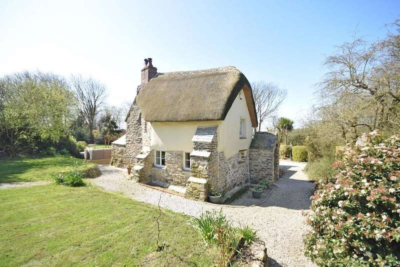5 Bedrooms Detached House for sale in Penhallow, Nr. Truro, Cornwall, TR4