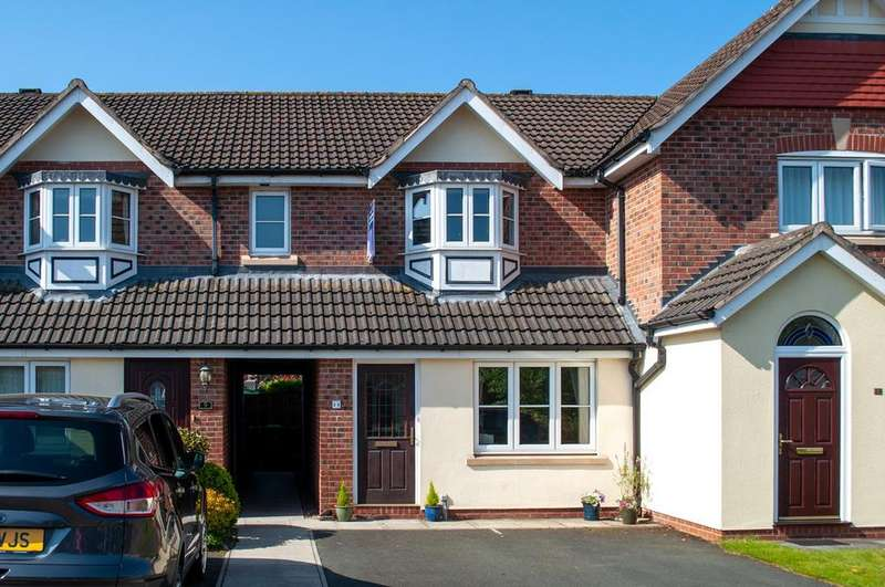 2 Bedrooms Mews House for sale in Foxhill Close, Sandiway, Northwich, CW8