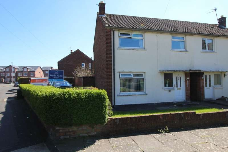 3 Bedrooms Semi Detached House for sale in Crossway, Widnes, WA8