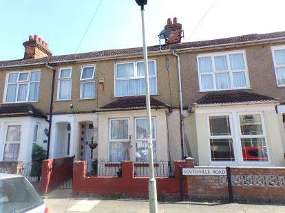 3 Bedrooms Terraced House for sale in Southville Road, Bedford, Bedfordshire