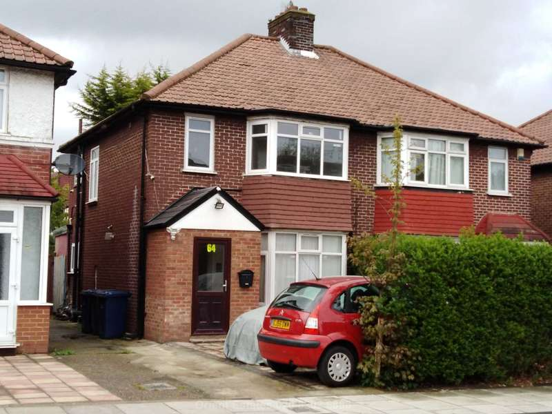 2 Bedrooms Flat for sale in Pennine Dr, London