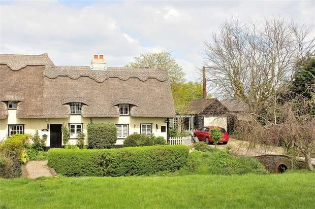 2 Bedrooms Cottage House for sale in Stebbing, Dunmow, Essex