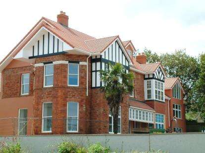 2 Bedrooms Flat for sale in Paignton
