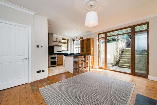 4 Bedrooms Semi Detached House for sale in Westwood Park, Forest Hill