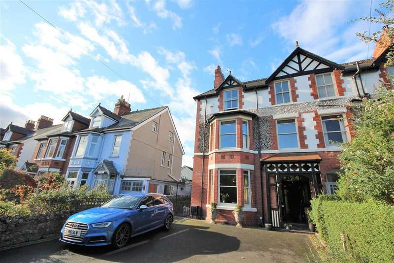 5 Bedrooms House for sale in Cadnant Park, Conwy