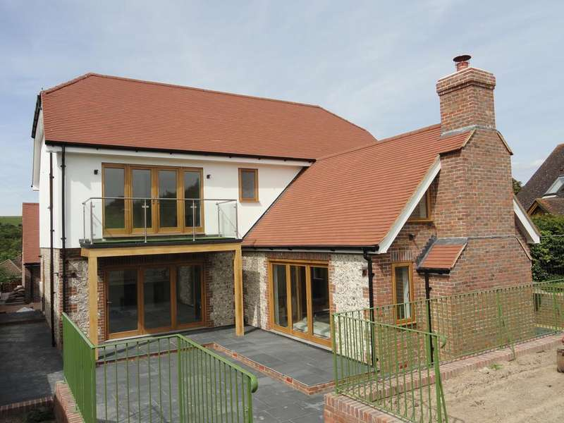 4 Bedrooms Detached House for sale in Wellgreen Lane, Kingston, Nr Lewes BN7