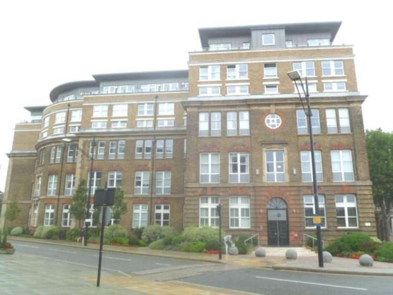 2 Bedrooms Apartment Flat for sale in Cadogan Road, London SE18