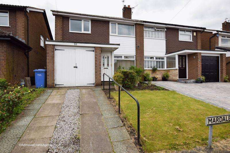 3 Bedrooms Semi Detached House for rent in Mardale Crescent, Lymm, WA13