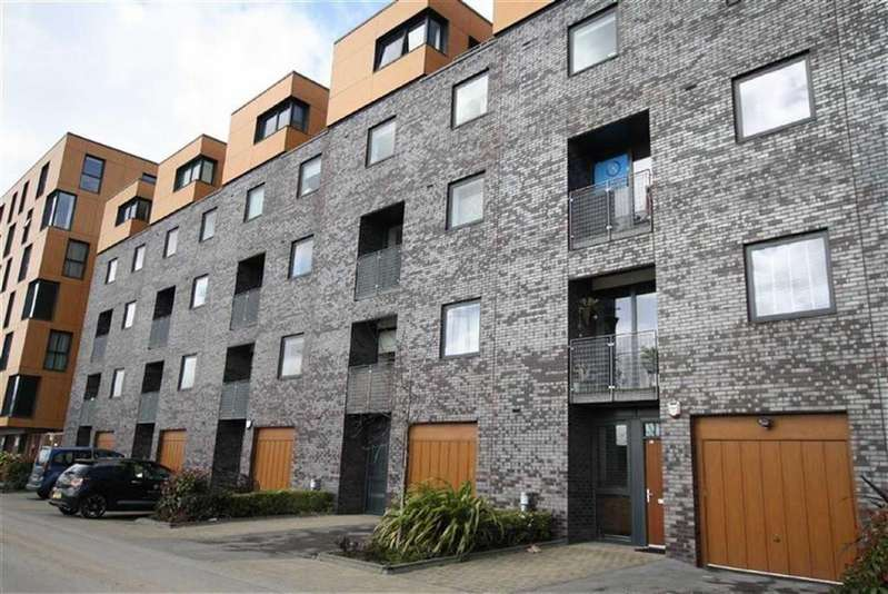 3 Bedrooms Mews House for sale in The Mews, Advent Way, Ancoats
